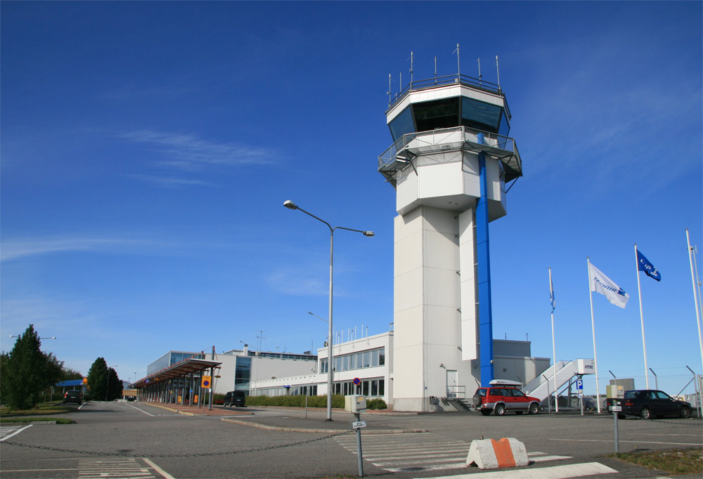 Kuopion lentoasema, lennonjohtotorni, pk